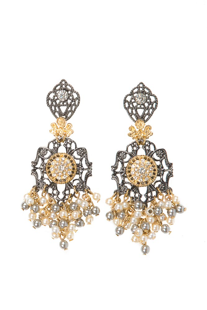 Cecily Pearl Earrings